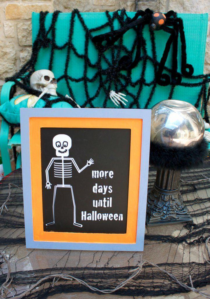 Halloween Countdown Chalkboard Tutorial Morena's Corner