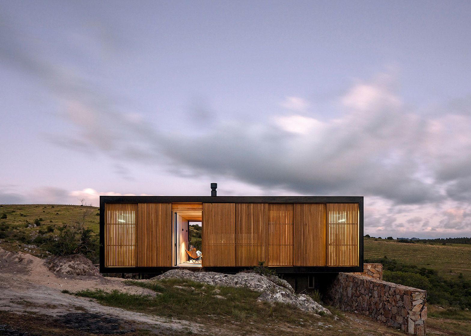 MAPA designs prefabricated house for Uruguayan olive grove ...