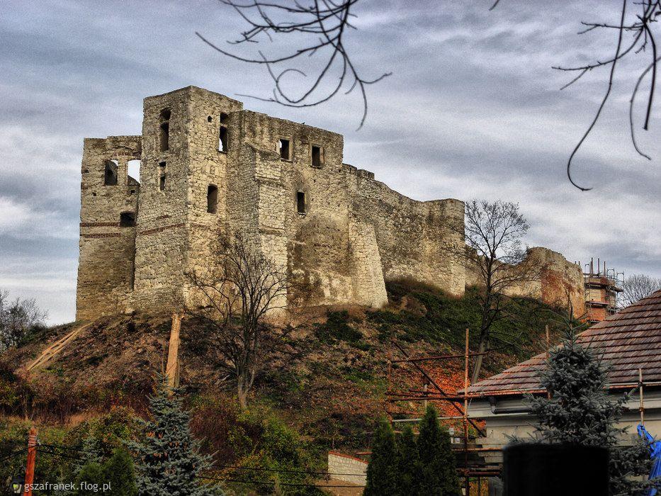 Ruiny zamku Kazimierza Wielkiego i zamku dolnego w Kazimierzu dolnym
