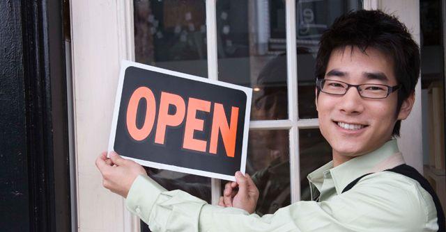 10 Successful Young Entrepreneurs Young Entrepreneurs Young Success Sba Loans