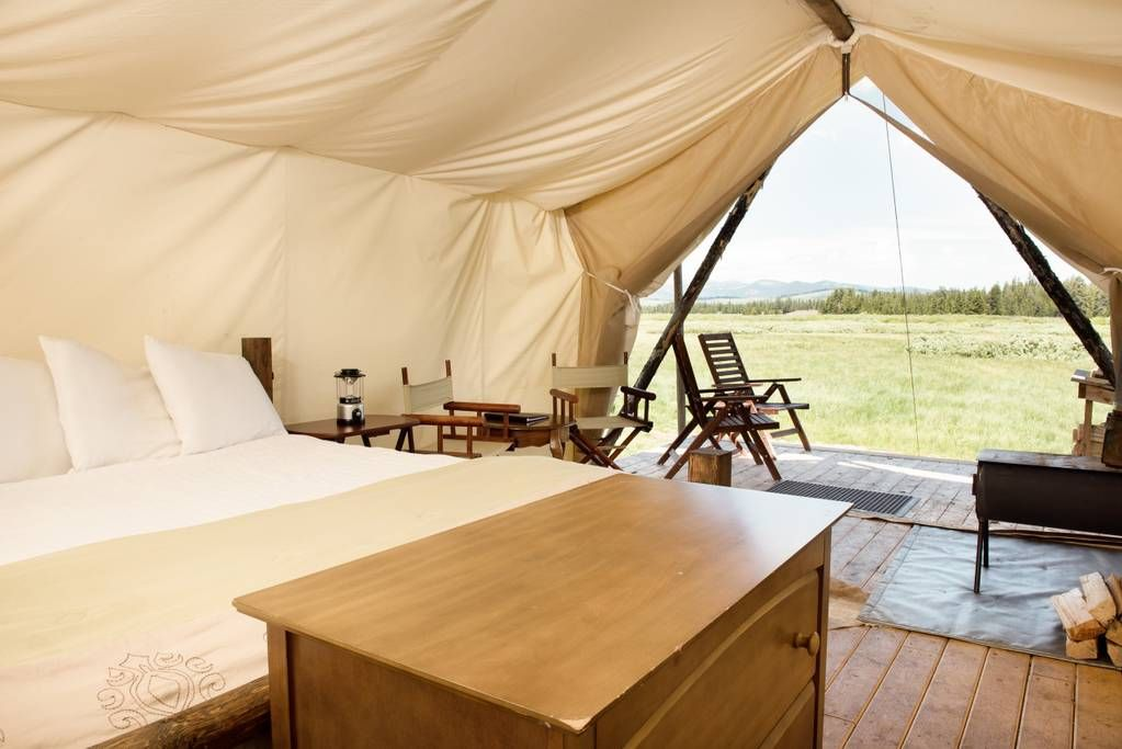 Luxury Deluxe safari tents surrounding by 360 degree views of mountains and the South Fork of the Madison River. Just minutes away from the West entrance ... & Private room in West Yellowstone US. Luxury Deluxe safari tents ...
