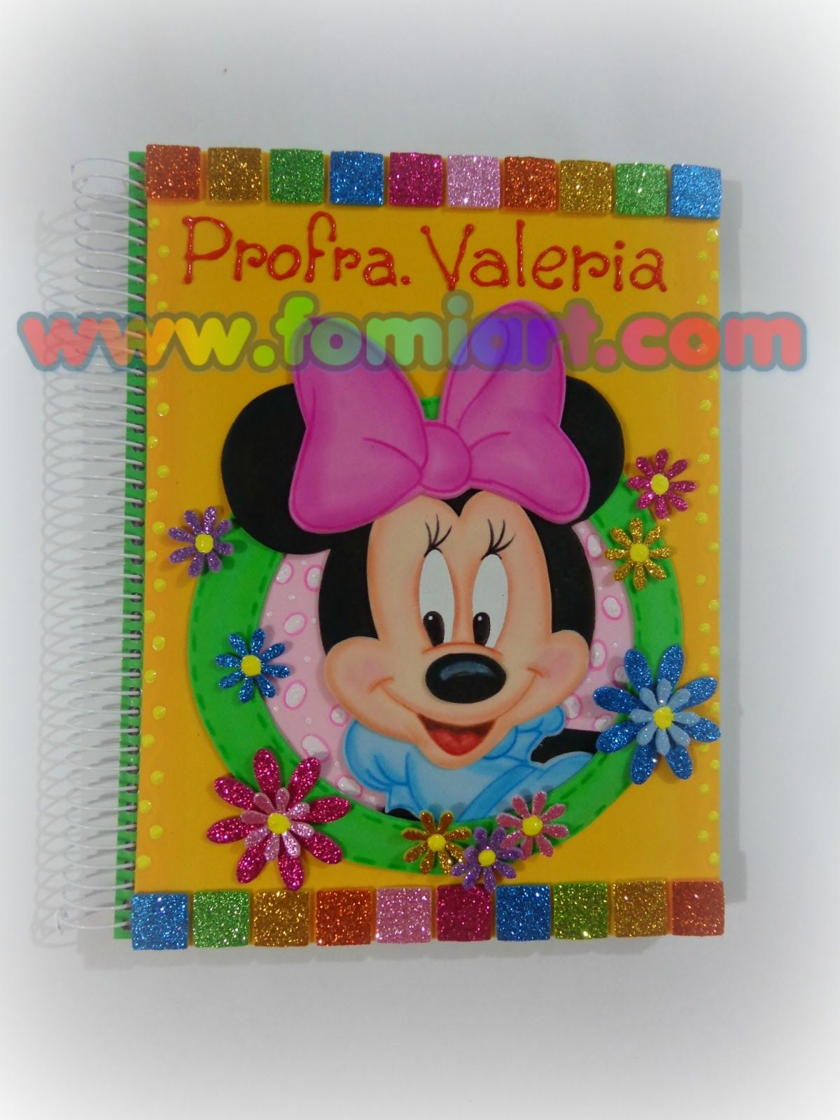 Libreta decorada minnie mouse tama o profesional for Decoracion en goma eva para dormitorios