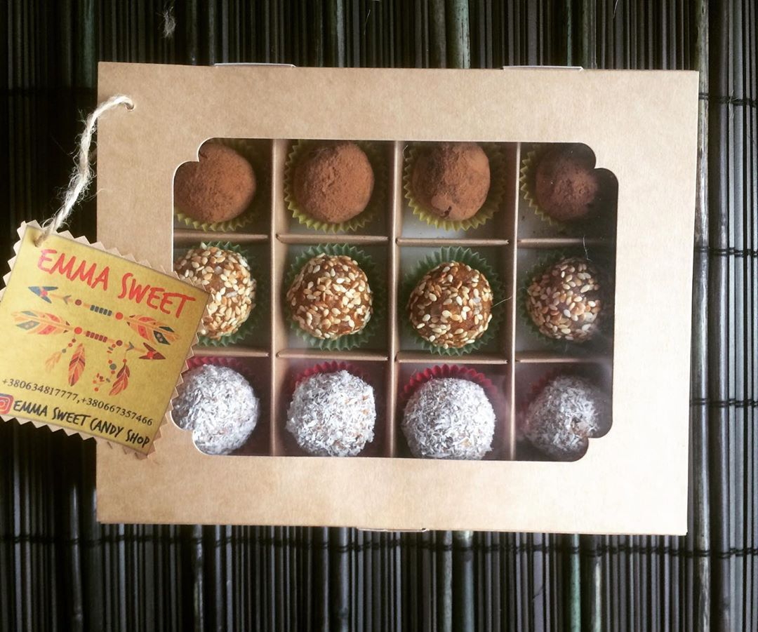 Sweet Box 12
