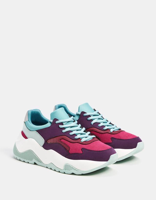 Contrasting platform sneakers | Trendy