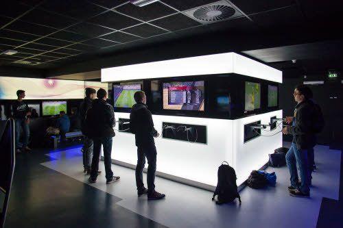 Espace Playstation Arena  fun Xperiences Futuroscope