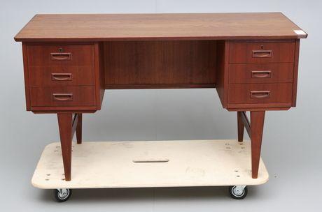 30620. SKRIVBORD, Danmark, 50/60-tal. – Auctionet