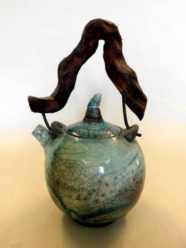Kaffee- & Teekannen - Teekanne Raku / Türkis/Holzhenkel - ein Designerstück von Keramikatelier-Schoening bei DaWanda