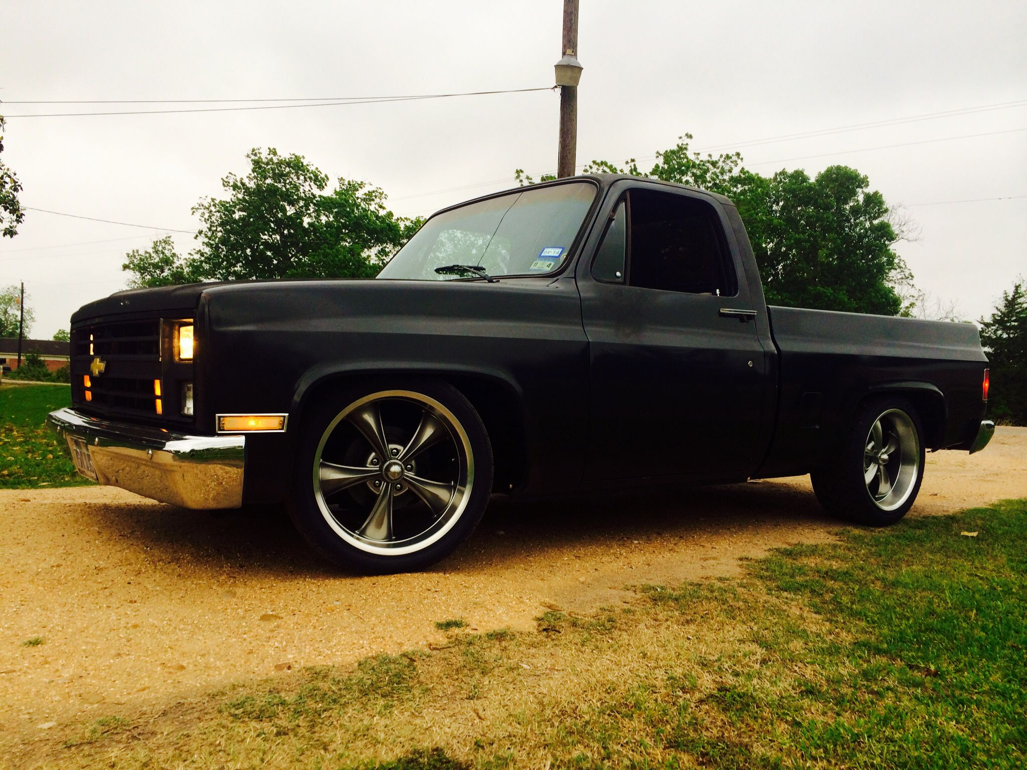 Dropped 86 chevy c10