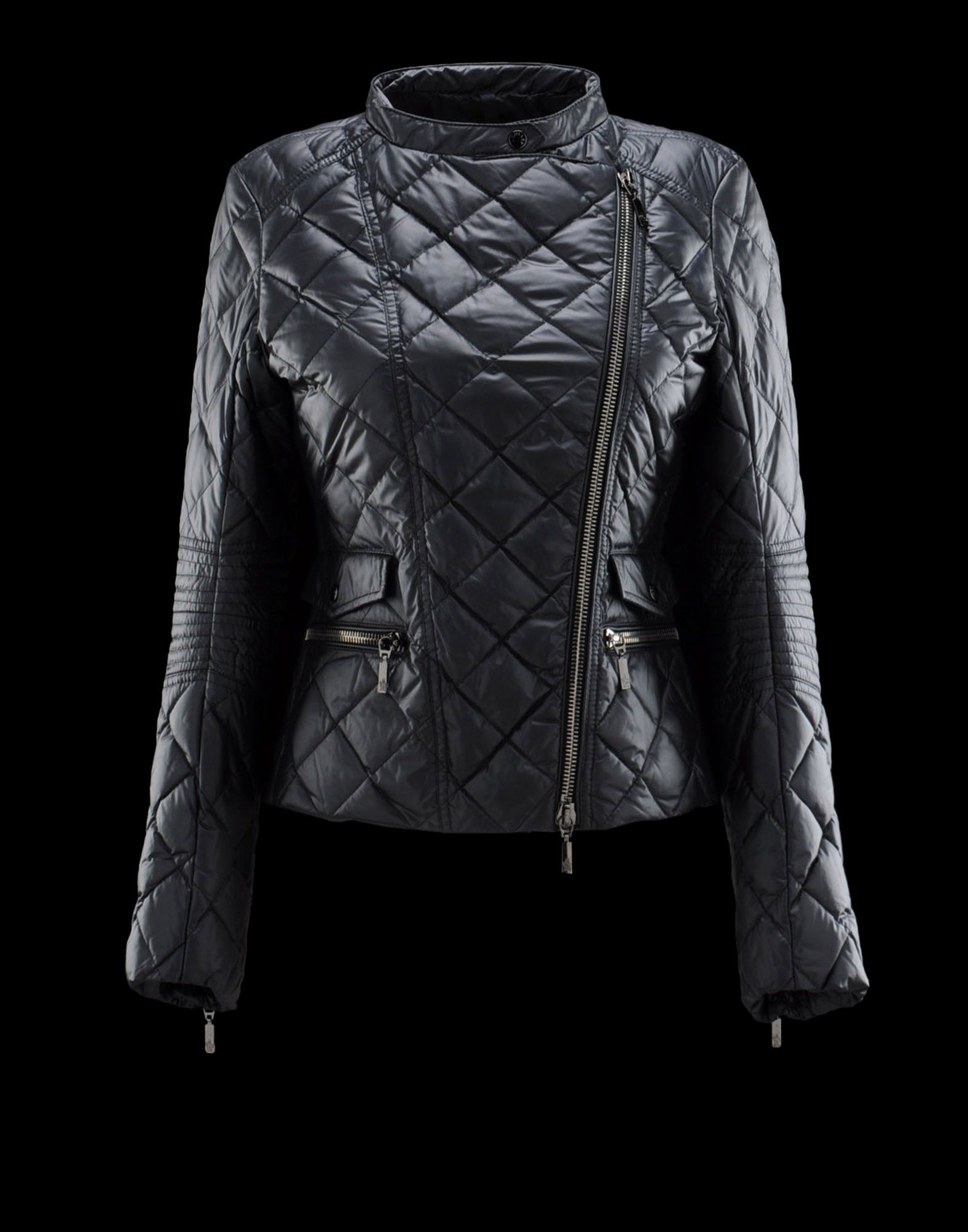 moncler   99 on   fashion trends   Pinterest   Moncler, Snow bunnies ... 3f8183f256c