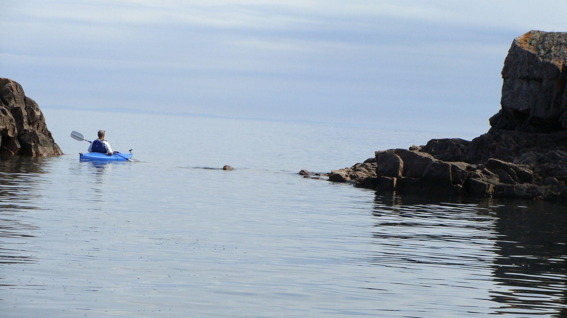 kayak Lake Superior MN