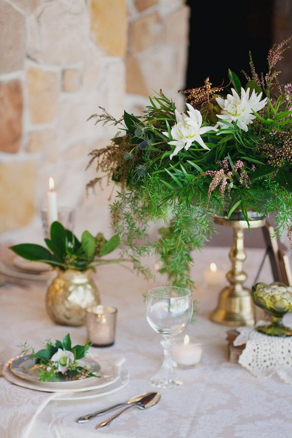 St Patrick S Day Wedding Inspiration Photo By Leah Mceachern Photography Read More Http Emerald Wedding Natural Wedding Centerpieces Wedding Inspiration