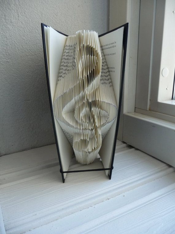 book folding pattern treble clef by craftykatecreations on. Black Bedroom Furniture Sets. Home Design Ideas