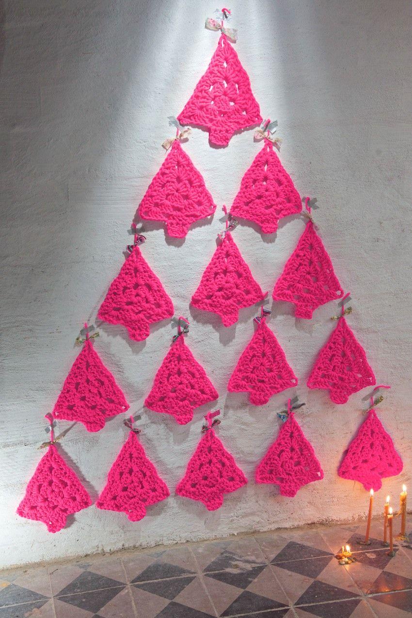 Weihnachtsbaum häkeln / Christmas Trees. Free pattern in Deutsch ...