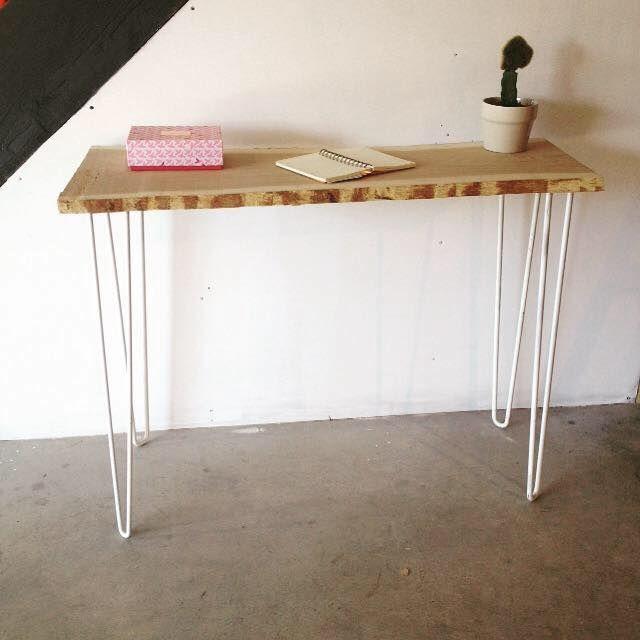Atelier Ripaton Hairpin Legs Console En Bois Et Metal Blanc Realisee Avec Des Hairpin Legs Pied De Table Design Deco Murale Chambre Bebe Chambre Bebe Recup
