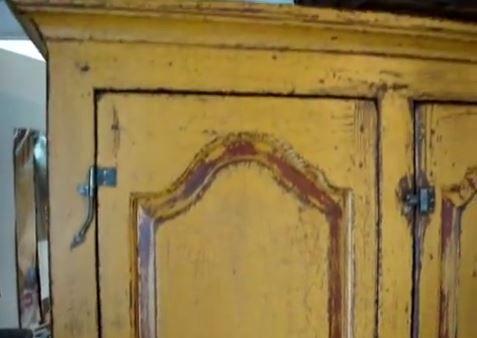 Le Québec  La peinture au lait pour un aspect antique! Bricolage - comment peindre un vieux meuble
