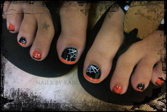 Black And Orange Toes With Decorations Halloween Toe Nails Halloween Nail Designs Cute Toe Nails