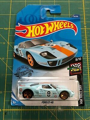 Hot Wheels Race Day 2020 Ford GT-40 GULF GHC55  1//64