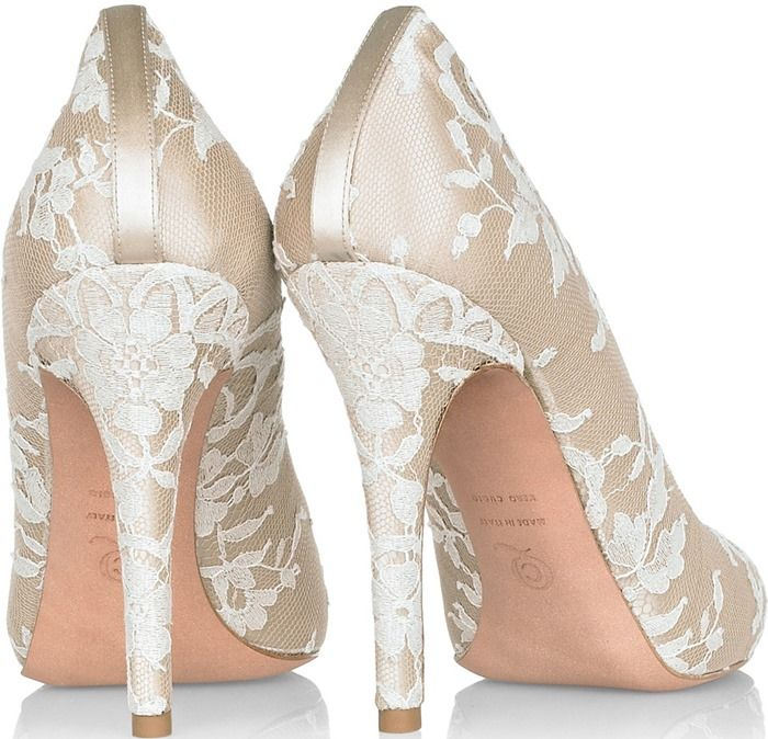 What Shoes Did Kate Middleton Wear On Her Wedding Day