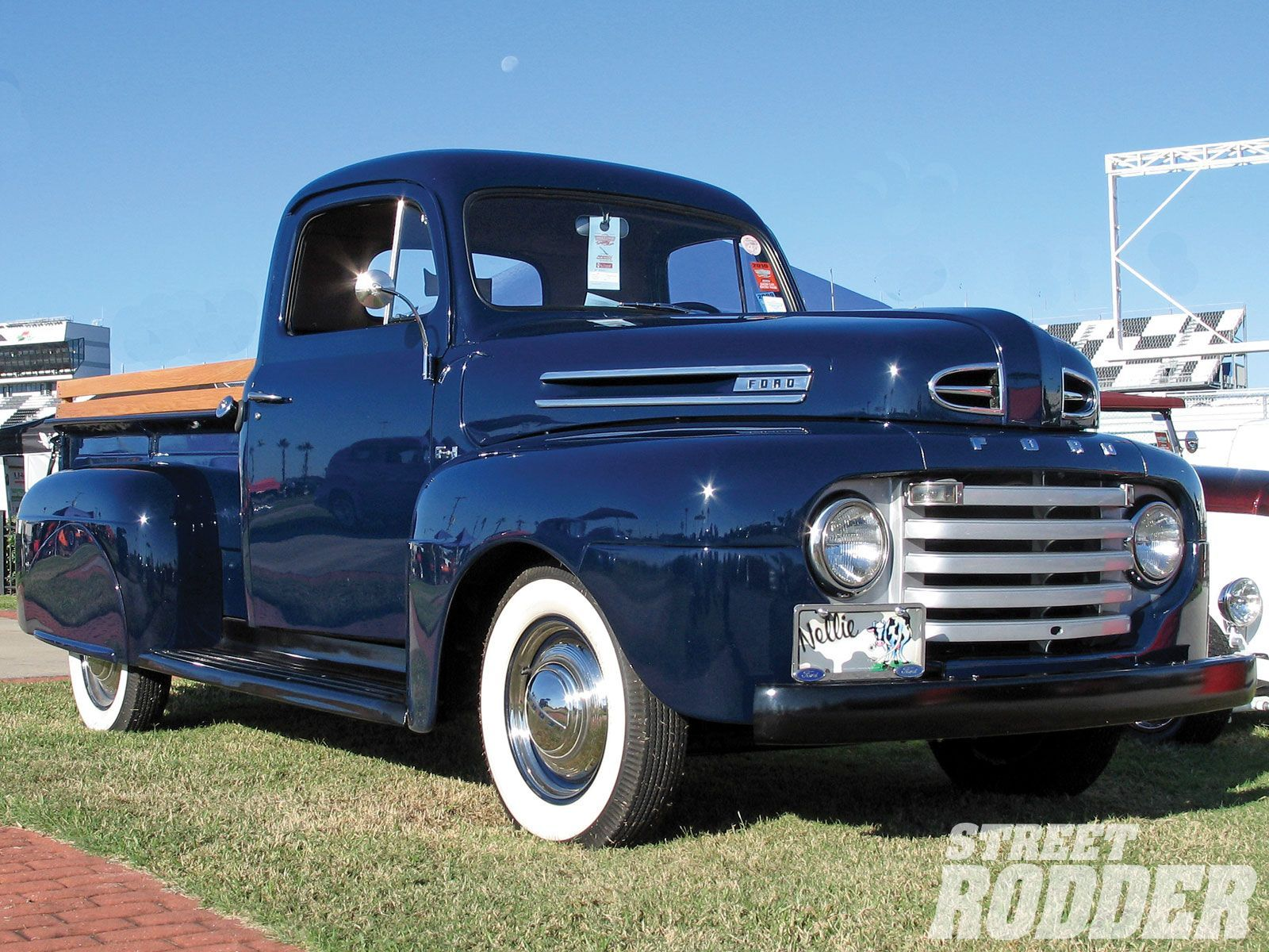 1950 ford truck the color