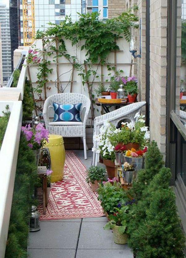 Projekt Balkon Design Ideen Liege Läufer Pflanzen | Balkon, Klein ... Balkon Im Sommer Deko Ideen