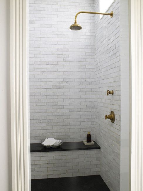 A Return To The Timeless White Bath The Perfect Bath Modern Victorian Homes Shower Tile Small Bathroom With Shower