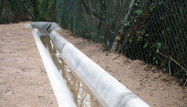Open Concrete Ditch Google Search Concrete Cloth Landscape Design Concrete