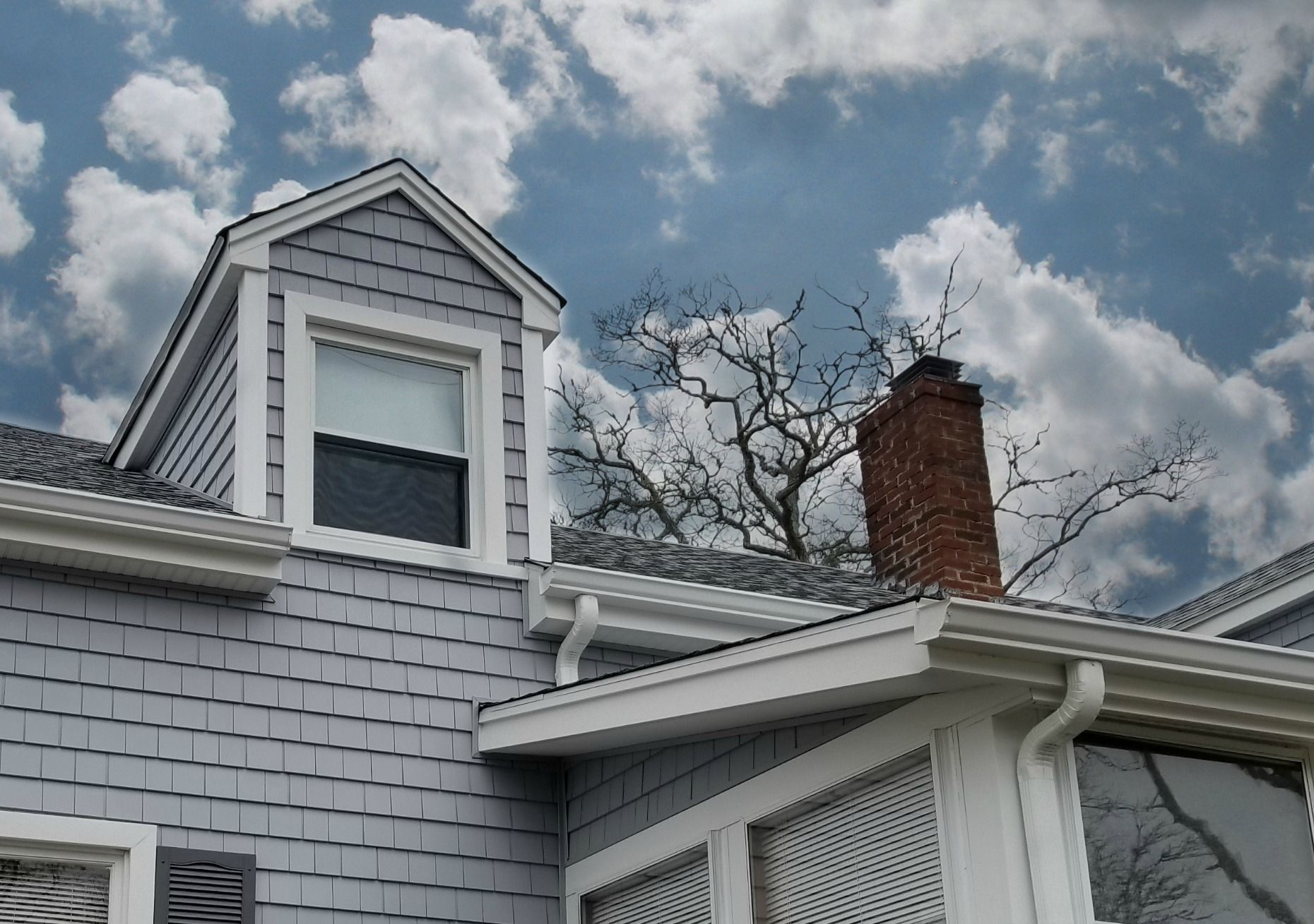 Pacific Blue Vinyl Siding By Certainteed Exterior Paint Colors For House Blue Vinyl Siding House Exterior