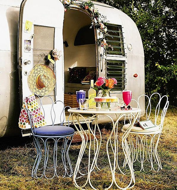 Cheerful Little Setting Glamping Or Trailers For The