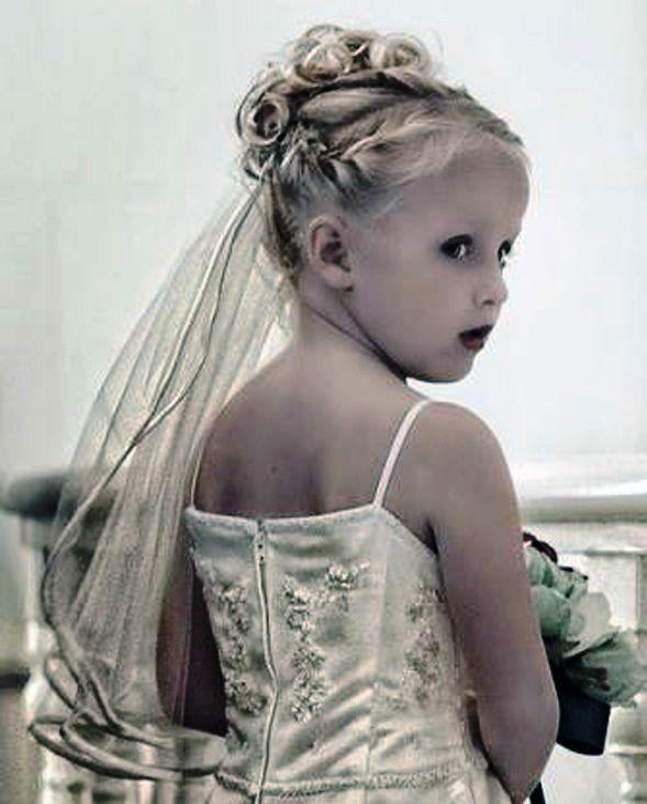 Wedding Hairstyles For Jr Bridesmaids: Wedding Hairstyles For Junior Bridesmaids … (With Images
