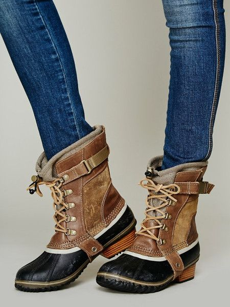 ee6e176d40b Sorel Conquest Carly Short Boot in Brown (Autumn Bronze) - Love ...