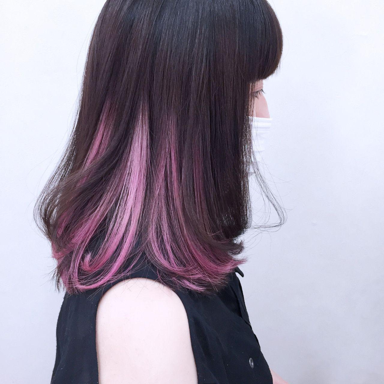 2種類のピンクを使ったインナーカラーを逆グラデで Warna Rambut Ide Warna Rambut Gaya Rambut Pendek