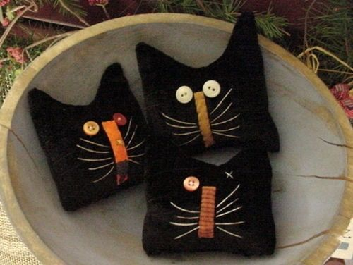 Pin By Brenda Perez Manzanares On Jack S Black Cat Halloween Crafts Wool Crafts Felt Crafts