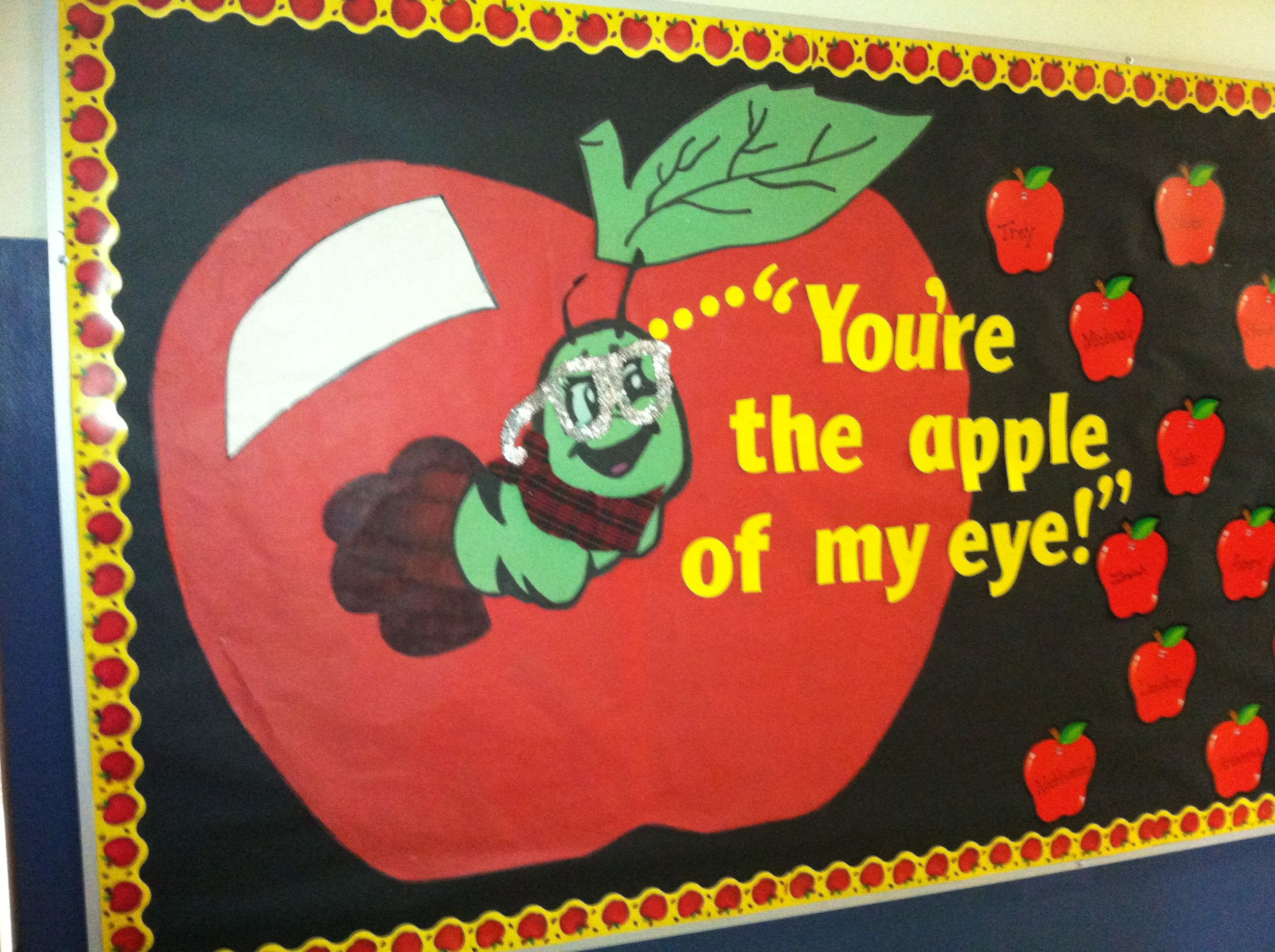 Apple Of My Eye School Bulletin Boards My Eyes Apple
