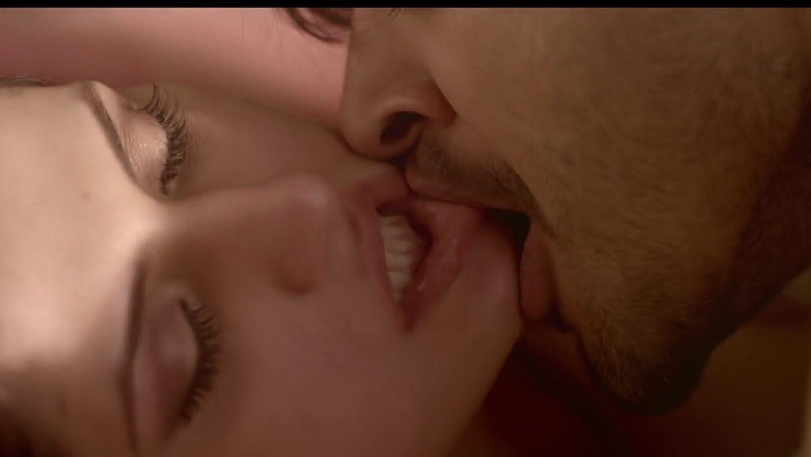 Kissing Kissing Song