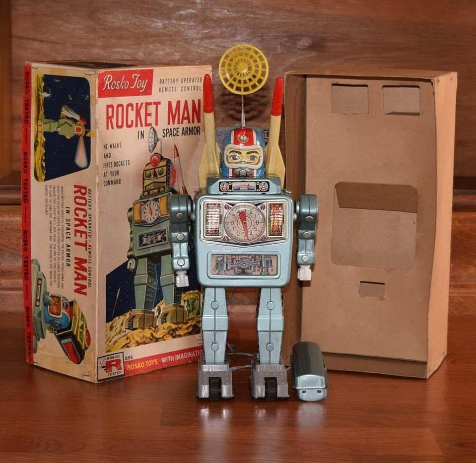 Alps Rocket Man in Space Armour. Battery Op toy 60s/ebay
