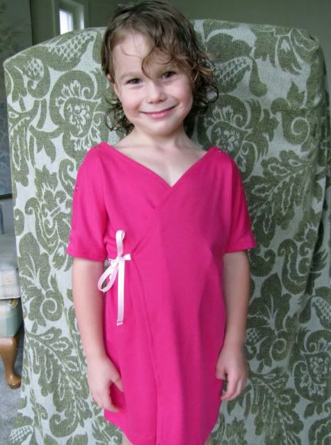 Hospital gowns for child - free pattern linked! | Hospital gown ...