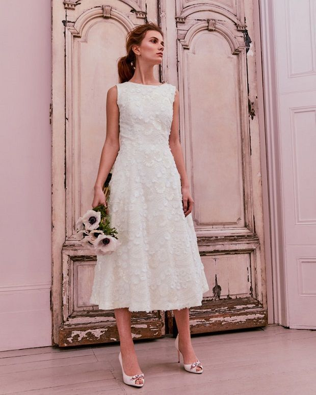 Short Wedding Dresses: Mini Knee-Length and Midi Wedding Dresses #fashion #style #stylish #fashionlook #fashionmodels #photooftheday #fashiontrend #fashionphoto #beauty #beautiful #fashionshop #fashionworld #fashionstudy #fashiondress #fashionshoot #fashionmodel #fashiondaily #fashionlife #fashionstylist #fashiongirls #zivilhochzeitskleider Short Wedding Dresses: Mini Knee-Length and Midi Wedding Dresses #fashion #style #stylish #fashionlook #fashionmodels #photooftheday #fashiontrend #fashionph #zivilhochzeitskleider