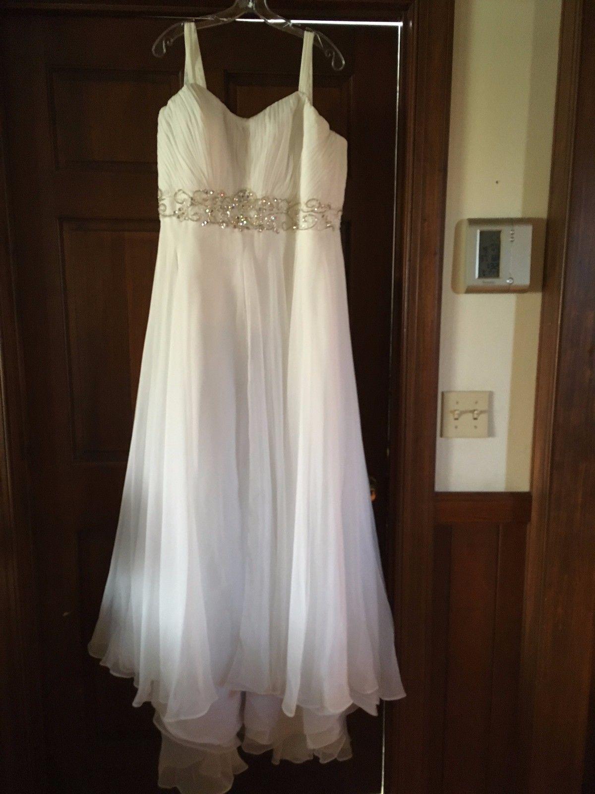 Size 24 wedding dress  Womenus wedding dress  worn once  Maryus Bridal plus size