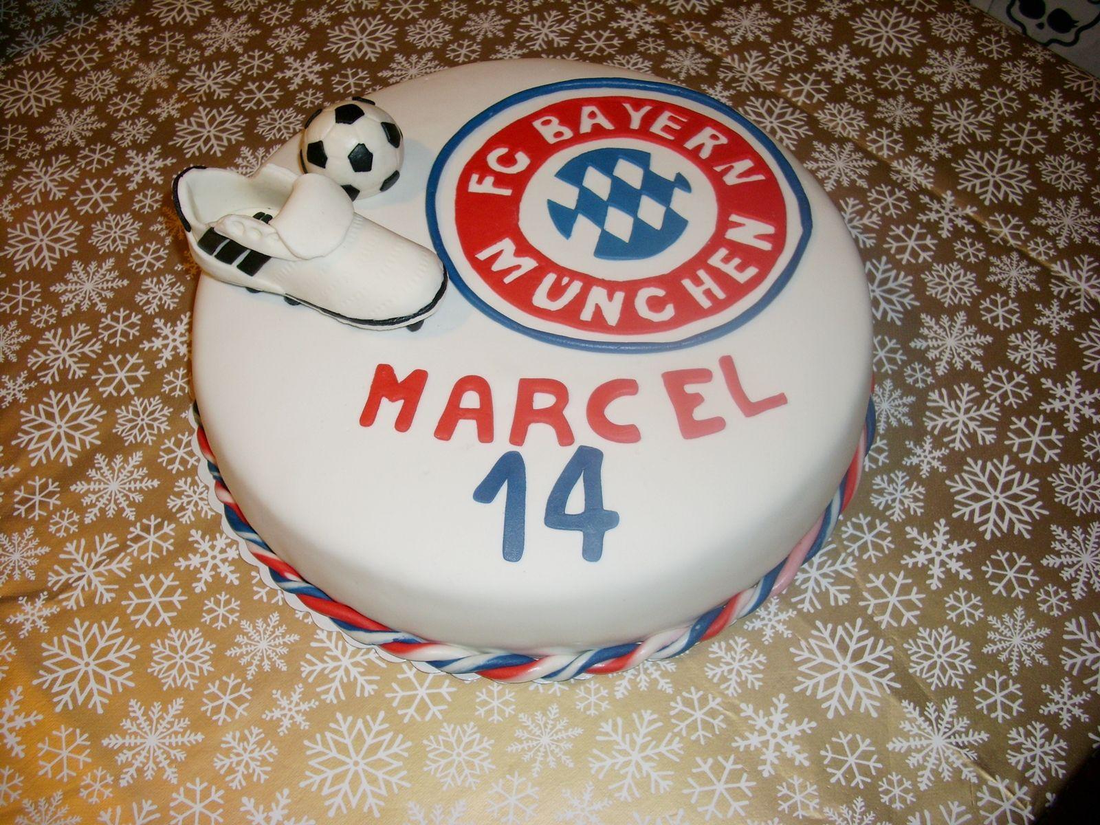 soccer cake fußball torte bayern münchen  meine torten