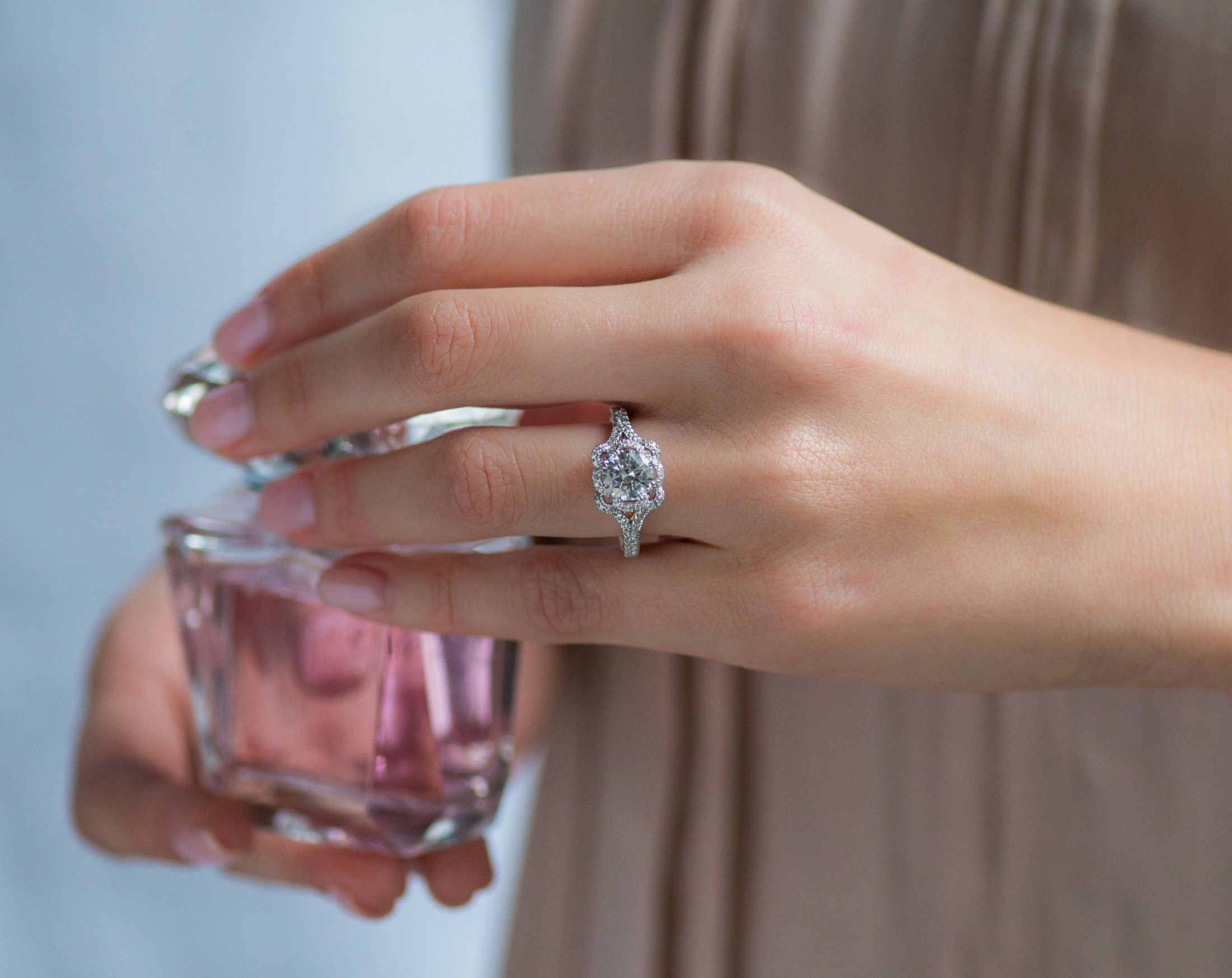 ad] Beautiful and unique engagement rings by James Allen to
