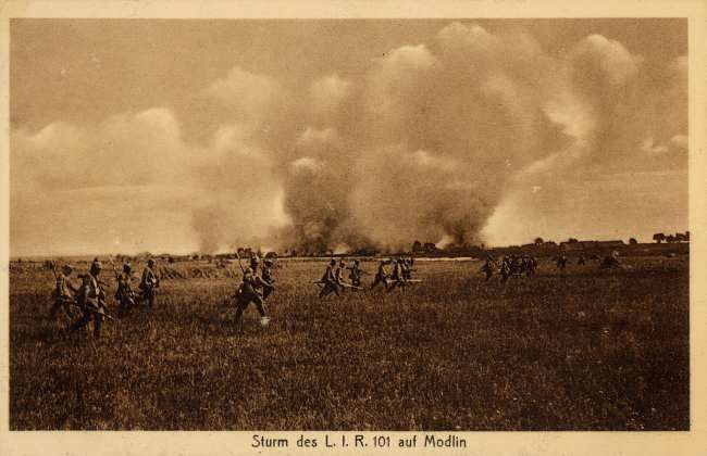 Old Post card depicting the advance of German infantry against the Russian Fortress of Novogeorgievk in August 1915.