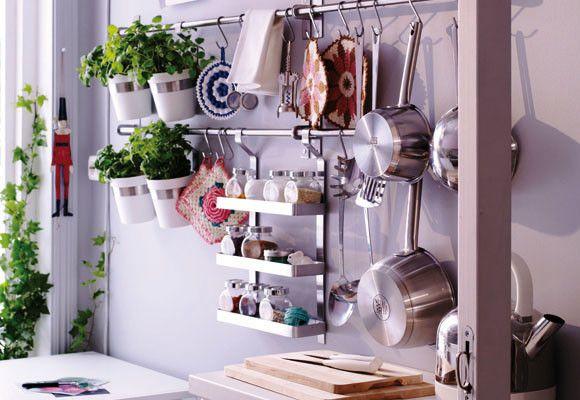 Decoracion Facil Accesorios De Pared Para Organizar La Cocina Decorar Cocinas Pequenas Decoracion De Cocina Accesorios De Pared