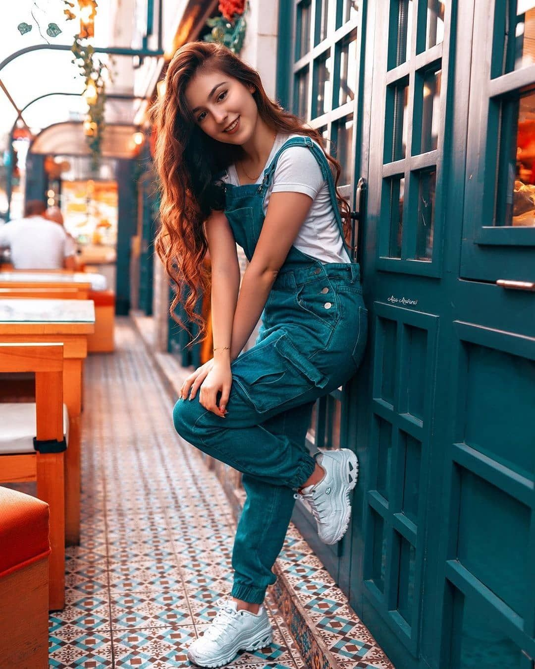 3 731 Likes 87 Comments صور بنات كيوت 5 5 M On Instagram العراق اربيل بغداد بصرة موصل اكس Fashion Casual Wear Dress Girl Photography Poses