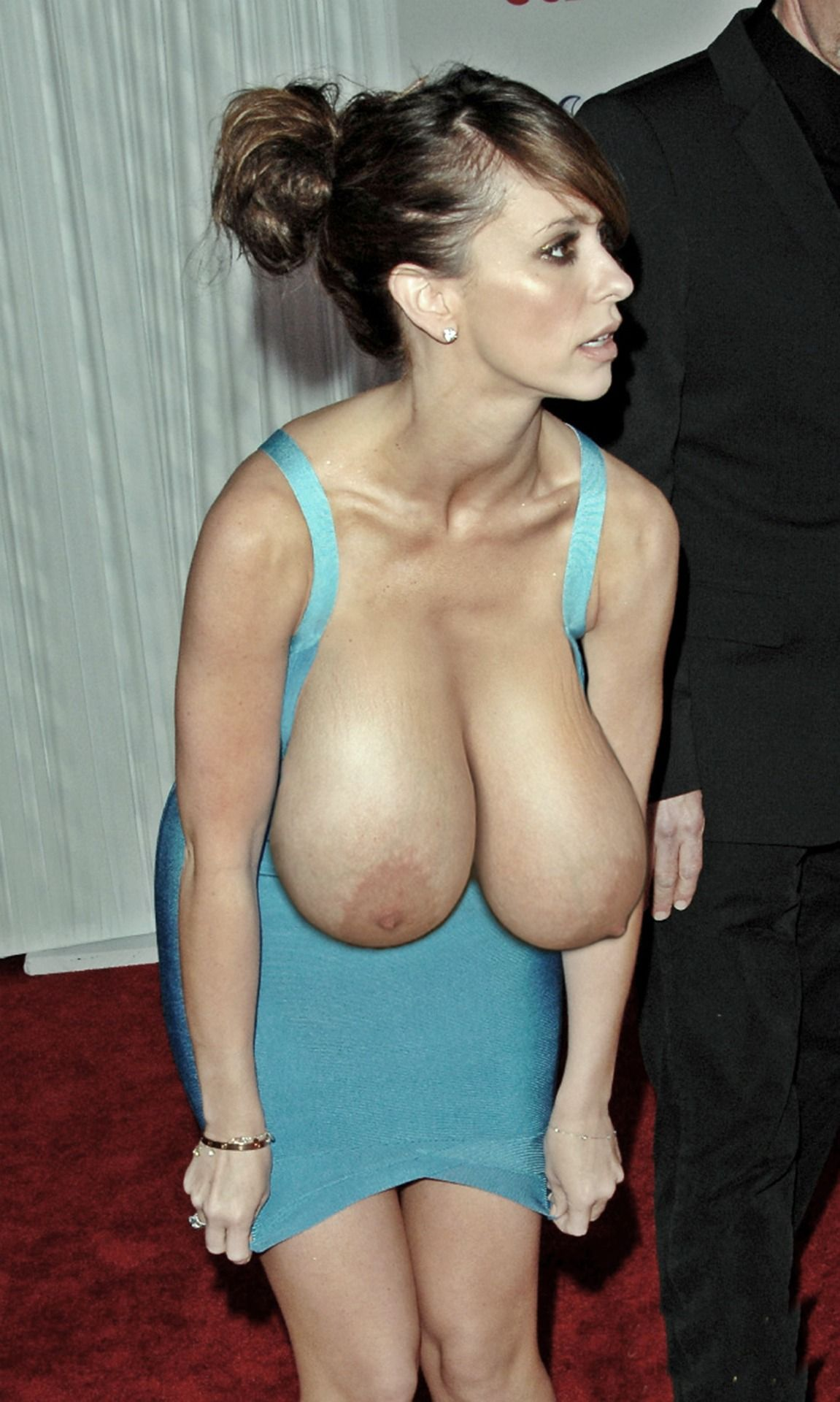 Jennifer Love Hewitt Big Tits