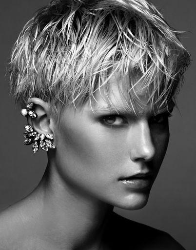 blonde short cropped hair, yesssss karlijn - model - paparazzi