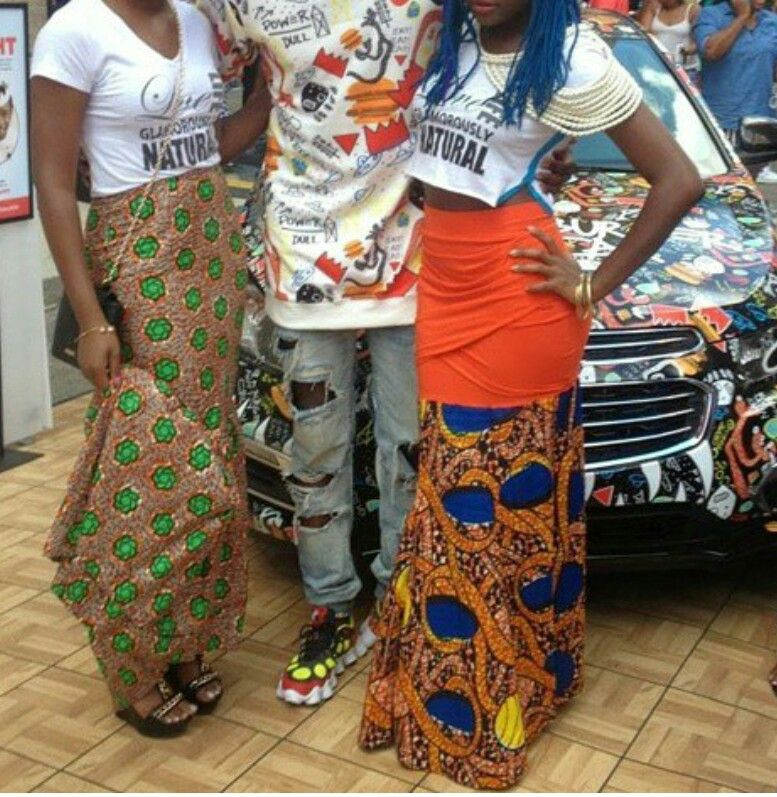 Love how the ankara is attached to a regular skirt, got to try this.