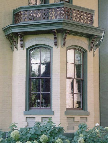 Victorian Bay Window : Bay window detail victorian period colors are used to