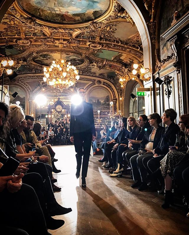 The Olivier Theyskens show at Le Train Bleu in Gare de Lyon ...