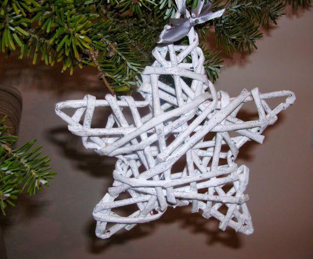 Handmade Owo Brokatowe Gwiazdki Na Choinke Z Papierowej Wikliny Glitter Stars To The Christmas Tree M Handmade Christmas Glitter Stars Christmas Decorations