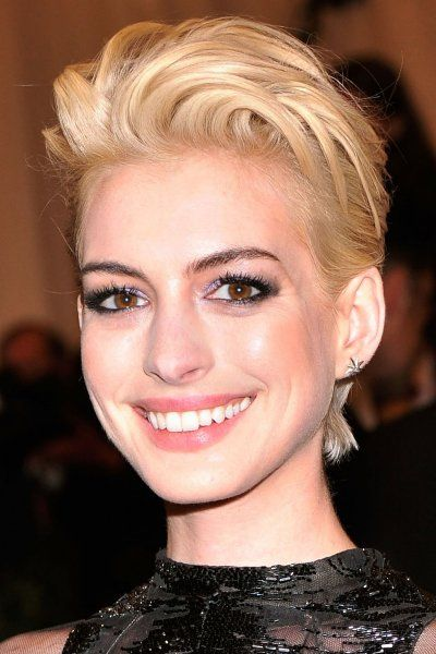 Anne Hathaway Blonde Hair Google Search Beauty And